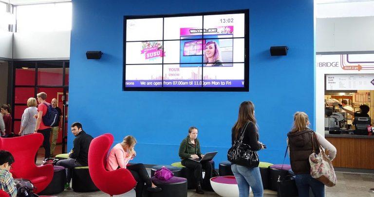 digital signage escuelas