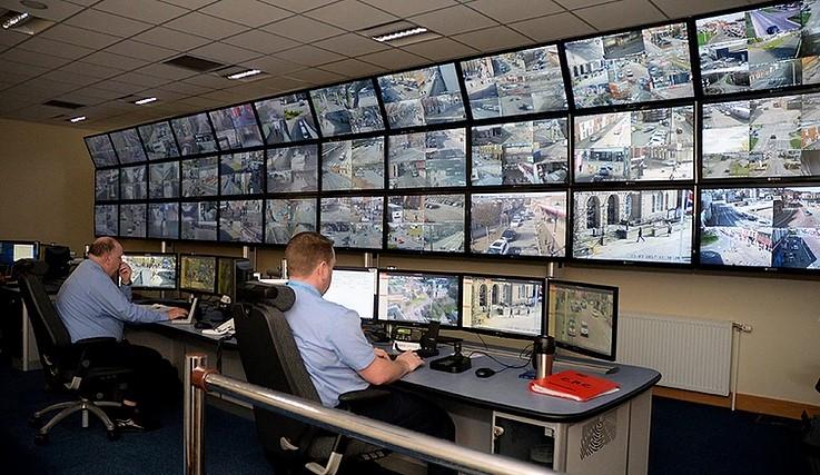señalizacion digital en un centro de control